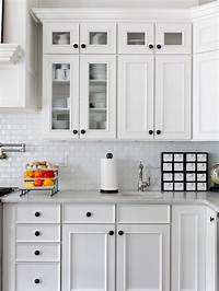 kitchen cabinets knobs Kitchen Cabinet Hardware Placement | Rapflava