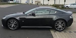 Zeitwert Versicherung Berechnen : versicherung f r aston martin v8 vantage s sportwagen ~ Themetempest.com Abrechnung