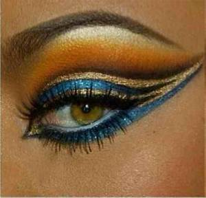 Egyptian makeup with blue additions | Egyptine | Pinterest ...