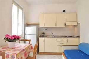 Anzahl Zimmer Wohnung Berechnen : zwei zimmer wohnung e von mini hotel lacona insel elba ~ Themetempest.com Abrechnung