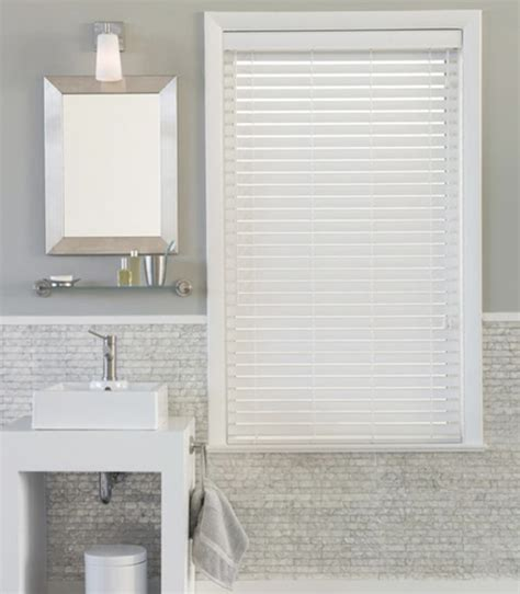 solutions  bathroom windows apartment therapy