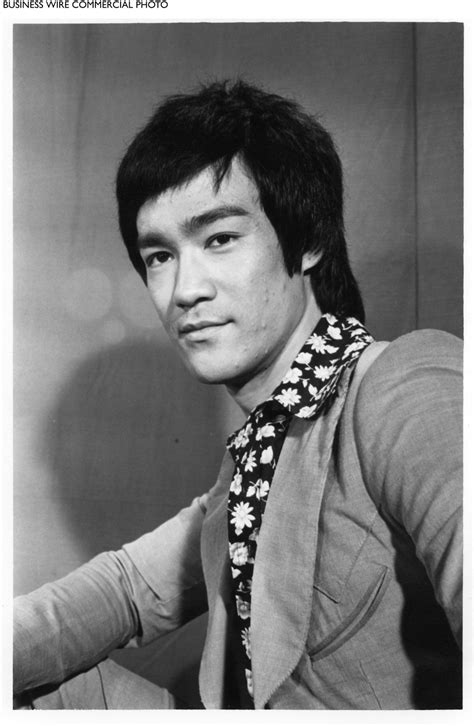 bruce lee fans commemorate late martial artists birthday