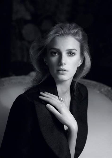sigrid agren  chanel jewelry fall  fab fashion fix