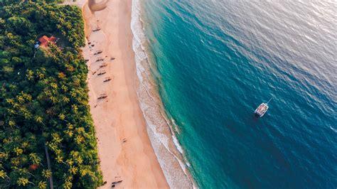Sailing Sri Lanka - South Coast in Sri Lanka, Asia - G ...