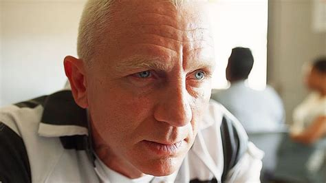 Daniel Craig Said To Return For James Bond 25 Installment ...