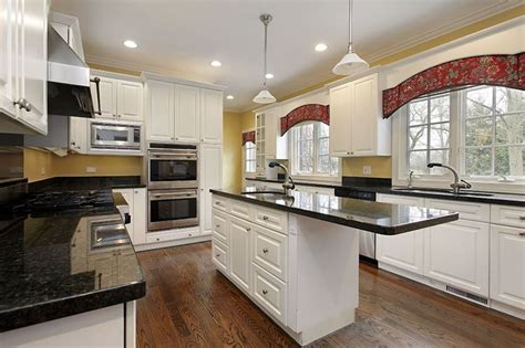 design small kitchen best 100 country kitchen ideas images on 3207