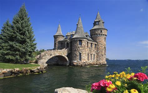 11 American Castles You Can Visit   Mental Floss
