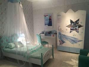 1001 astuces et conseils pour creer la chambre reine des With chambre bébé design avec robe fleurie enfant