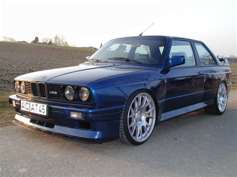 Bmw M3 Photo by Bmw M3 E30 Picture 31484 Bmw Photo Gallery Carsbase