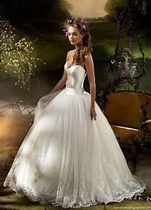 lazaro spring 2010 bridal collection wedding inspirasi With lazaro sparkly beaded wedding dress