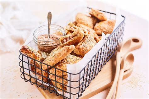 Kliju pīrādziņi ar gaļu :: Liepkalni maiznīca