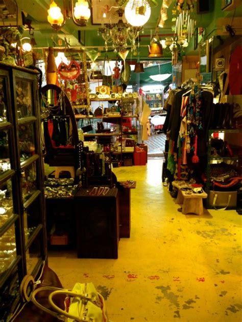 Shopping In Hong Kong Vintage Stores In Central Butterboom