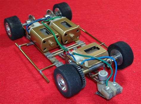 Three-motor Slot Car