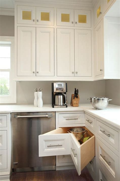 tiroir angle cuisine meuble cuisine angle tiroir cuisine meuble dangle idee amenagement rangement pratique