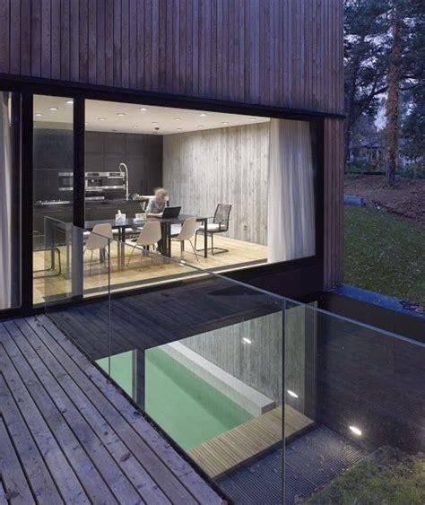 Moderne Häuser Beton by Strandhaus In Beton Und Holz Minimalismus Und
