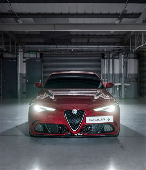 Alfa Romeo Giulia Quadrifoglio Review 2018 Wallpaper