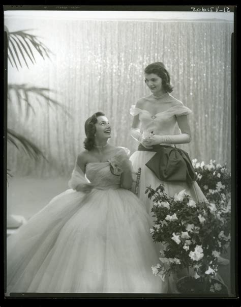 jacqueline bouvier    younger sister lee