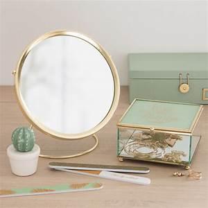 Miroir Doré Rond : miroir rond poser en m tal dor d21 maisons du monde ~ Teatrodelosmanantiales.com Idées de Décoration