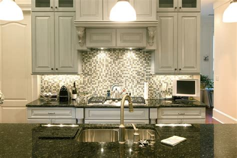 Backsplashs : Fresh And Beautiful Kitchen Backsplash Design Ideas