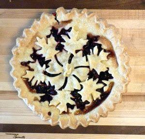 pie crust design cutter applesleaves breadtopia