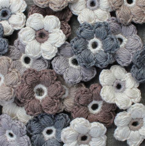 gehaakte bloemen zeshoek deken hilde haakt pof bloemetjes haken