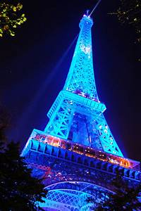 Blue Eiffel Tower by AlanSmithers on DeviantArt