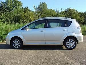 Toyota Corolla Verso 2006 : toyota corolla verso 2004 2009 photos parkers ~ Medecine-chirurgie-esthetiques.com Avis de Voitures