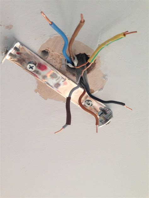 Electrical How Wire Ceiling Rose That Has Wires