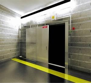 porte coulissante coupe feu rail incline industrimat With porte de garage sectionnelle avec porte coupe feu