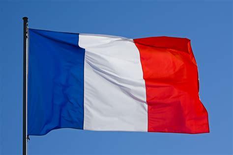 bureau de nationalité française citoyenneté française et test tfi pour les immigrants
