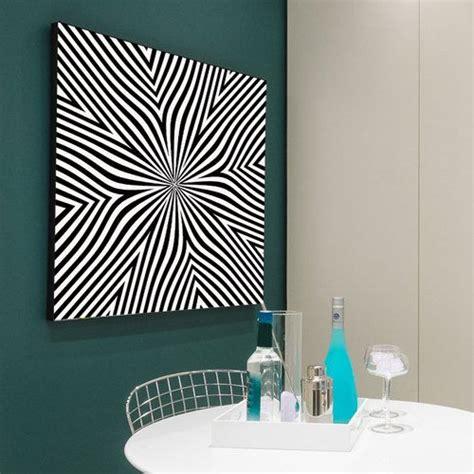 tableau fleur illusion une toile en noir et blanc sobre par ses couleurs qui prend vie sous