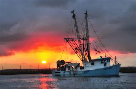 chincoteague shrimp boat virginia island fishing sunset shrimping towns va beach quaint flickr sunrise town coast sunsets stunning state why