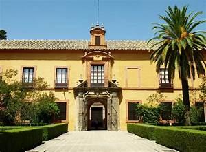 Historiarte Sevilla       Palacio G U00d3tico Y Jardines
