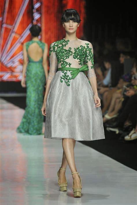 model gaun pesta ivan gunawan  mewah  elegan