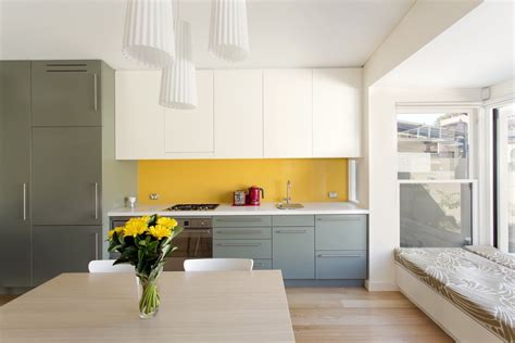yellow kitchen backsplash 22 yellow accent kitchens that really shine 1212