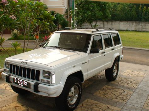 old white jeep cherokee jeep cherokee price modifications pictures moibibiki