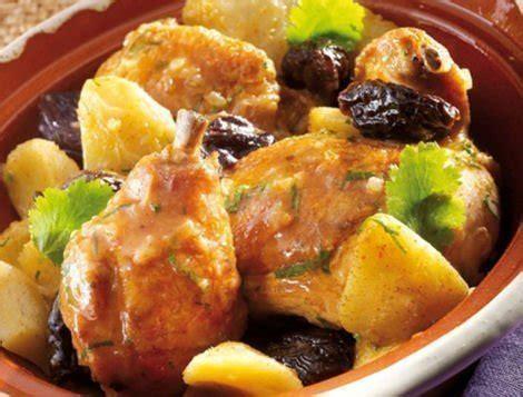cuisiner le coq tajine de poulet aux pruneaux et fonds d 39 artichauts