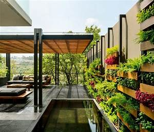 Garden House in Mexico Welcomes Nature and Contemplation ...
