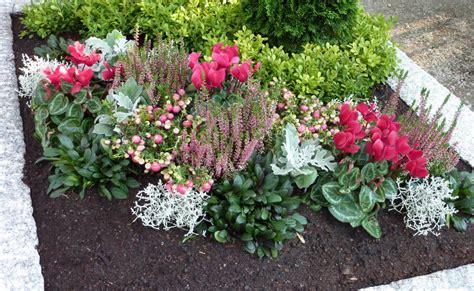 Herbst Winterbepflanzung Garten by Herbst Winterbepflanzung Blumenkasten Herbst
