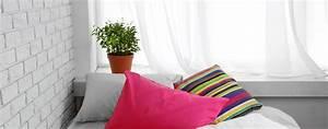 Grünpflanzen Im Schlafzimmer : bildquelle africa studio ~ Watch28wear.com Haus und Dekorationen