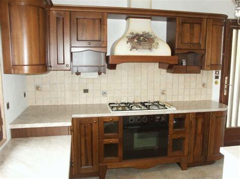 modele de cuisine rustique modele de cuisine en bois moderne meuble cuisine design