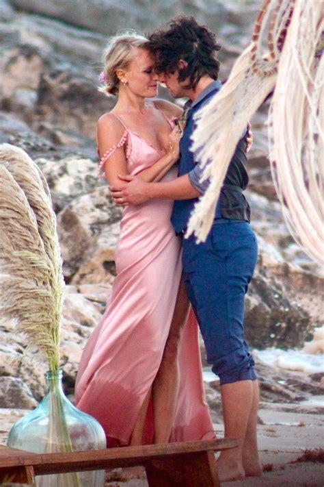 malin akerman upskirt   beach wedding scandal planet