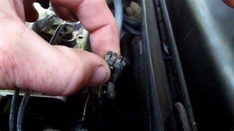 Older Mercedes Broken Throttle Cable Spring Clip/bushing