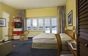 Schaukel Fürs Zimmer : wyndham stralsund hotel hansedom gro z gige zimmer f r wellnessurlaub ~ Sanjose-hotels-ca.com Haus und Dekorationen