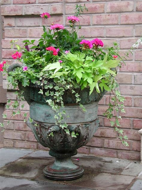 planter ideas for front of house building a dream house front porch container gardens urn planters front porches and urn