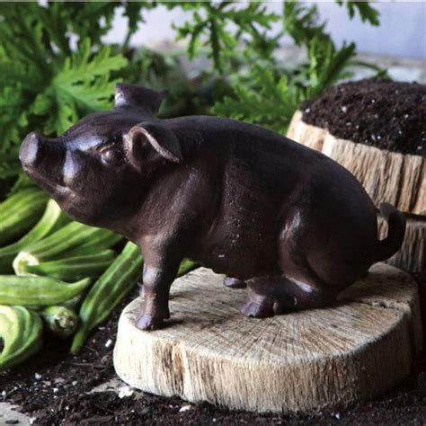 cast iron pig antique farmhouse