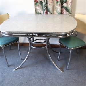 vintage chrome and formica table with two chairs in oak park illinois krrb classifieds