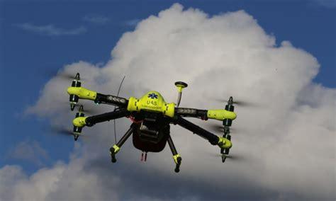 Canggih Drone Ini Bantu Korban Serangan Jantung