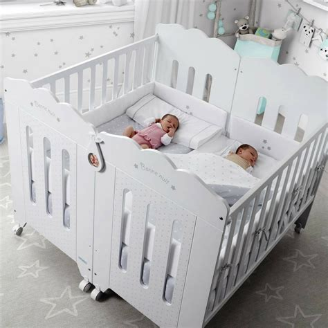 chambre lits jumeaux best idee chambre bebe jumeaux pictures amazing house