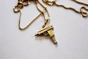 jewels, necklace, gold, gold chain, gun, machine gun ...